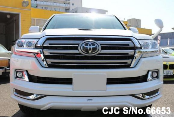 Toyota Land Cruiser White 2018