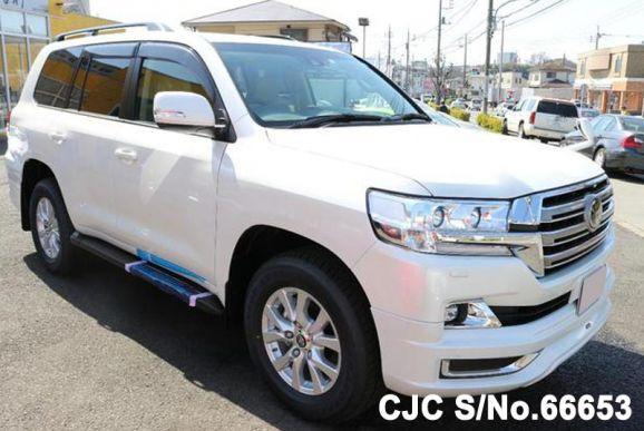 Toyota Land Cruiser White 2018